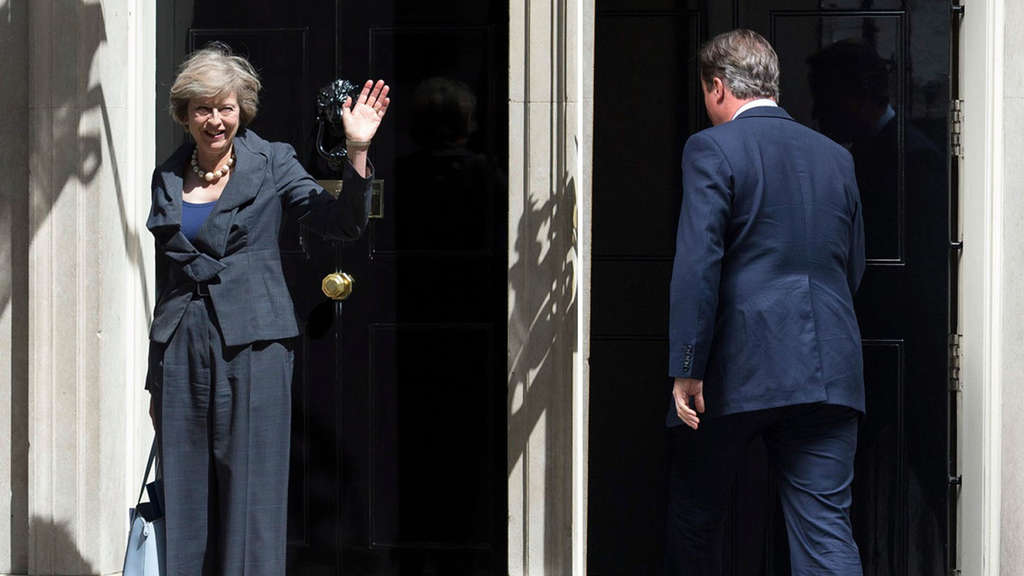 Theresa May kommt, David Cameron geht.