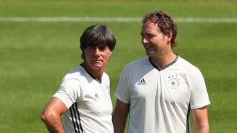 Em 2016 Joachim Löw Vor Dem Viertelfinale Deutschland Gegen Italien
