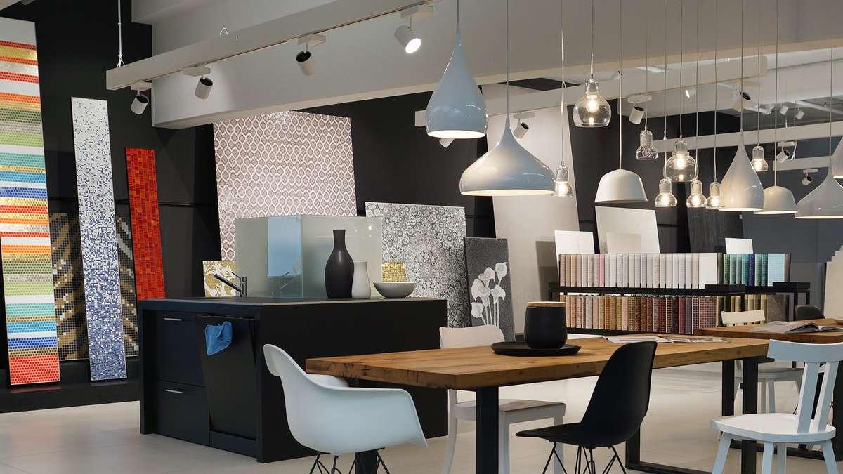 modernste und gr te fliesen ausstellung der region gesch ftswelt. Black Bedroom Furniture Sets. Home Design Ideas