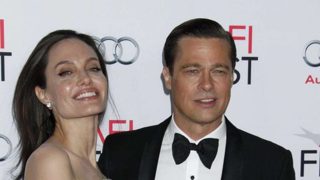 "Angelina Jolie und Brad Pitt bei der Premiere von ""By The Sea"" in Hollywood. Foto: Jimmy Morris"