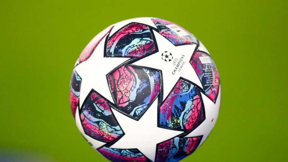Wer Spielt Wann Fußball