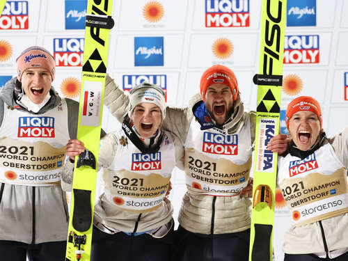 Skispringen-WM: Sensation in Oberstdorf - Deutsches Team holt Mixed-Gold